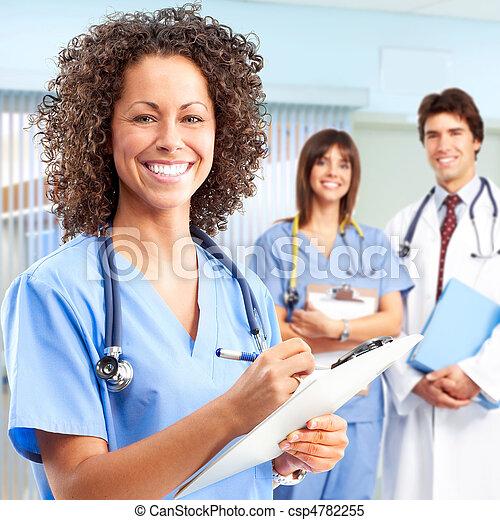 Doktor und Krankenschwestern - csp4782255