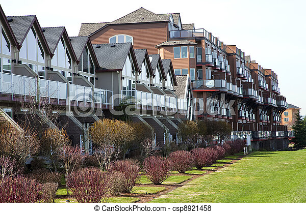 Moderne Eigentumswohnungen, Portland OR. - csp8921458