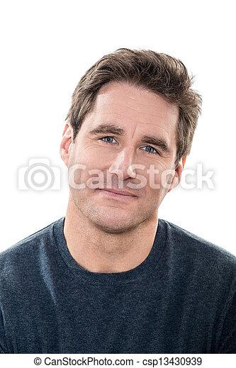 Ein gut aussehender Mann, blaue Augen, lächelndes Porträt - csp13430939