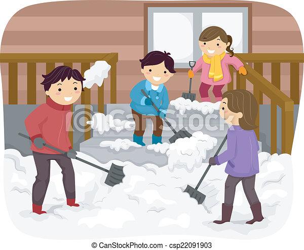 Familie schippt Schnee. - csp22091903