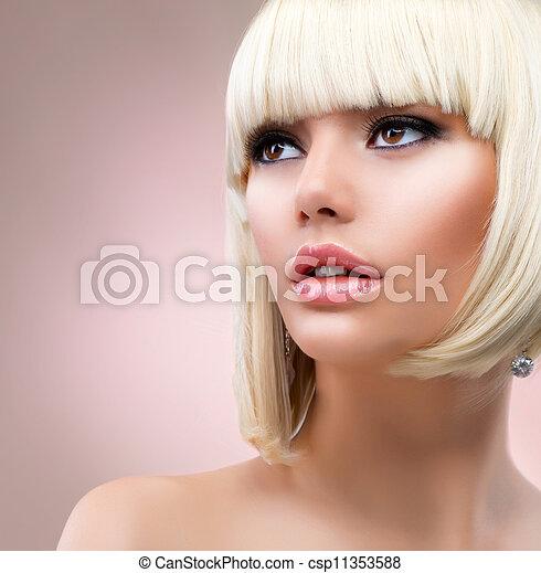 Fashion-Blond-Frauenporträt. Blonde Haare - csp11353588