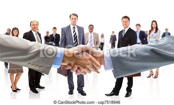 Geschäftsleute schütteln sich die Hände - csp7518946