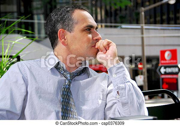 Geschäftsmann denken - csp0376309