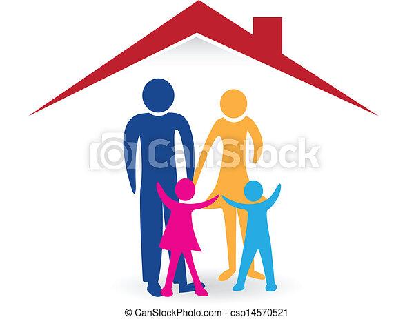 Glückliche Familie mit neuem Haus-Logo - csp14570521