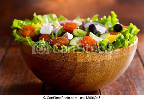 Griechischer Salat - csp13096948