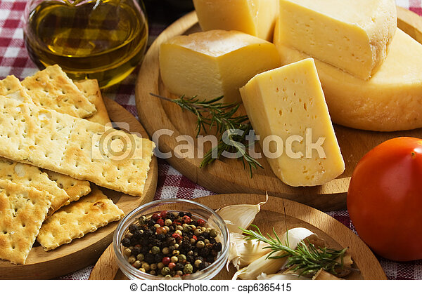 Italienische Lebensmittelzutaten - csp6365415