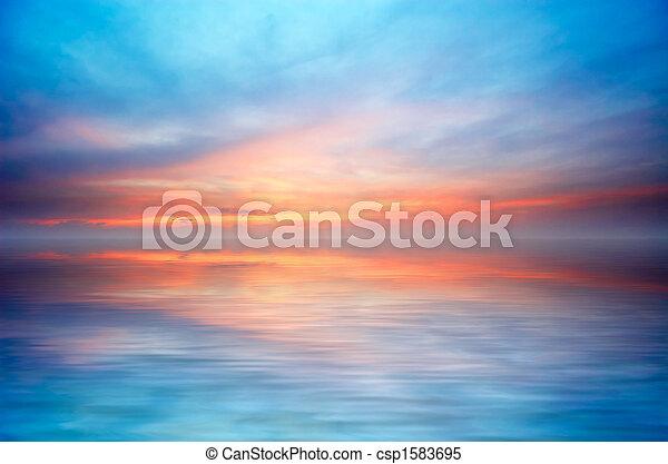 Ozean und Sonnenuntergang abbrechen - csp1583695