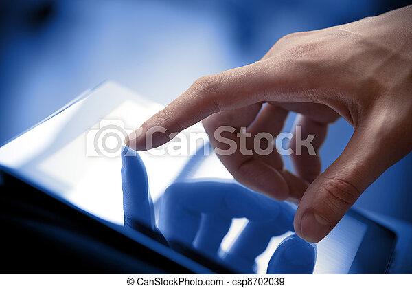 Berührungsbild auf Tablet PC - csp8702039