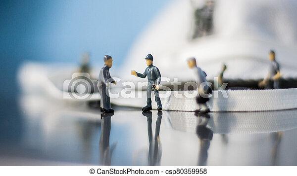 qualität, mannschaft, kontrolle, leute, :, maske, miniatur - csp80359958
