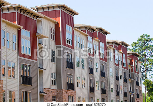 Eine Reihe neuer Häuser - csp1526270