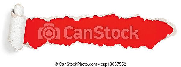 Roter Kopf in zerrissenem Papierloch. - csp13057552