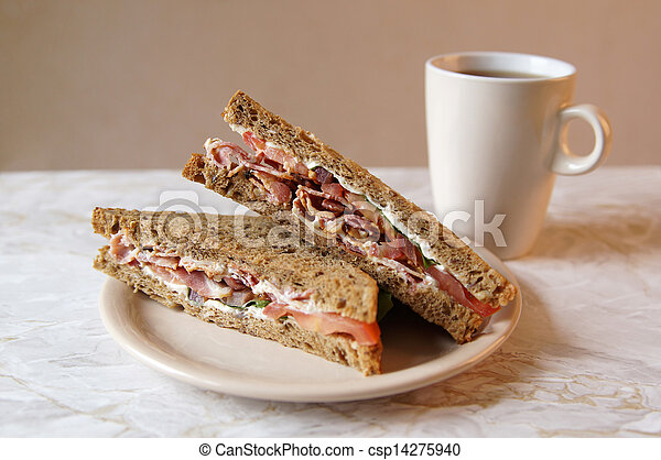 Sandwich und Tee - csp14275940