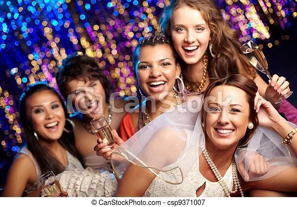 Braut hat Spaß - csp9371007