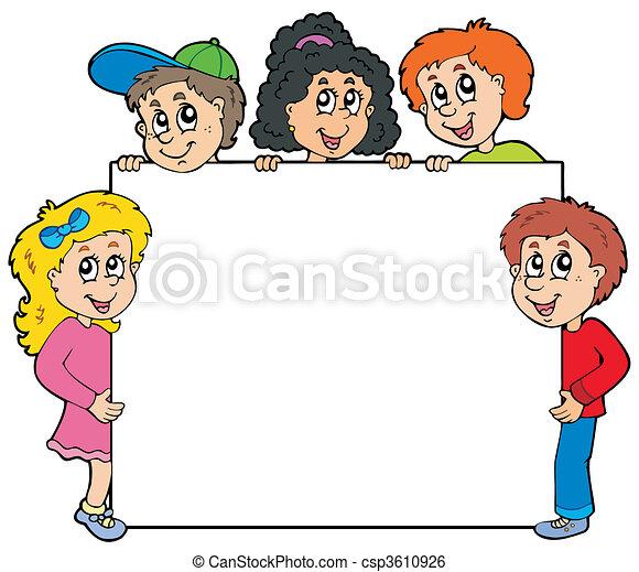 Verschiedene Kinder halten an Bord - csp3610926