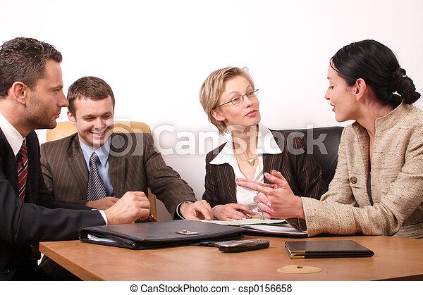 Vier Geschäftsleute - csp0156658