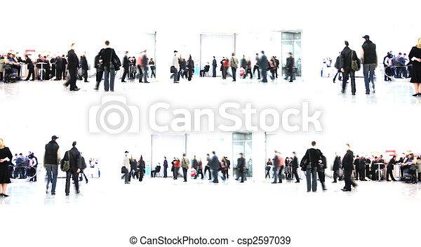 Weiß abstrakt. Leute im Flur - csp2597039