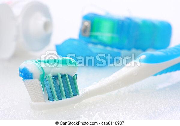 Zahnausrüstung - csp6110907